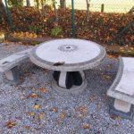 Sitzgruppe-Berkleystone-massiv-Stein-Gartenmöbel-02